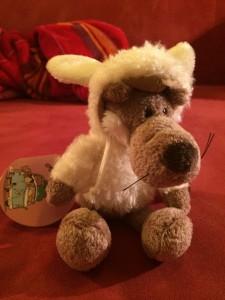 Gewinnspiel: Ein Kuschel-Wolf im Schafspelz